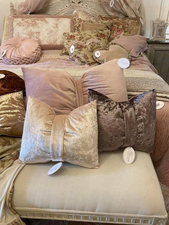 Cuscino fiocco oro Bright Velvet