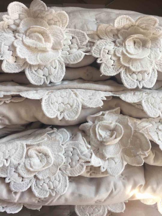 Blanc Mariclò - Boutis Singolo panna con roselline