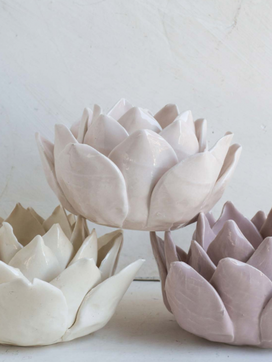 Ninfea Portacandela in ceramica