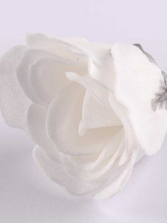 Rosa di petali di sapone